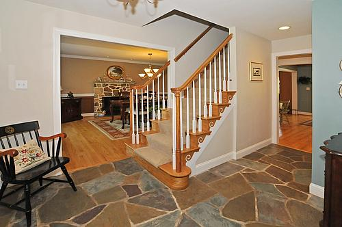 Foyer Landry Office : Newtown square willistown township chester county homes